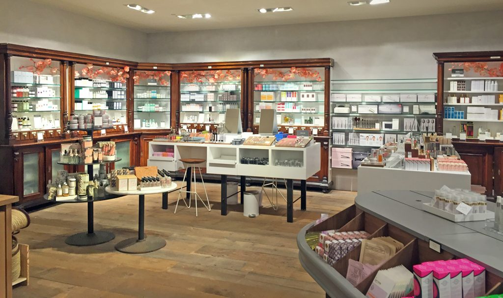 Discovering the portland anthropologie department store for Online stores like anthropologie